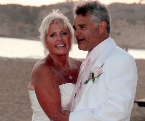Cyber Love Story of the Week - Sandi and Mark